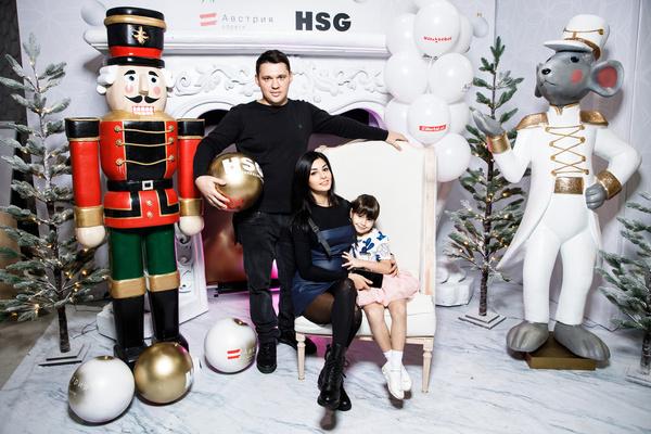 Алексей Кабанов с семьей