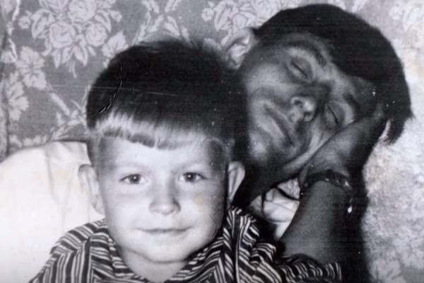 Маленький Владик с отцом