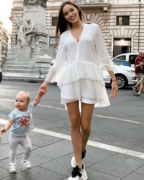Костенко часто выбирает одежду масс-маркета