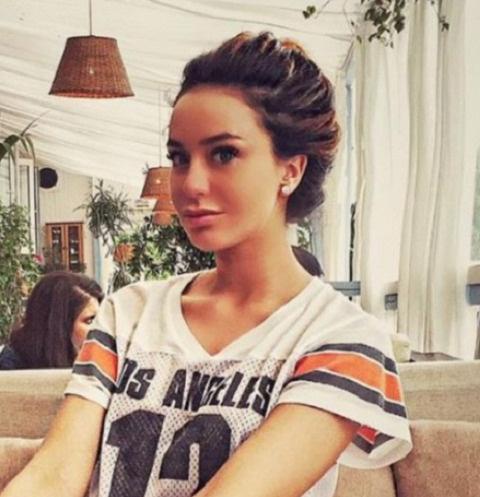 В российской столице  скончалась известная девушка-диджей Жанна Рассказова