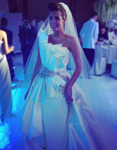 Интрига свадебного платья раскрыта