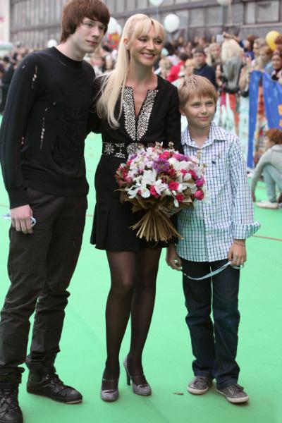 Кристина с сыновьями Никитой и Дени