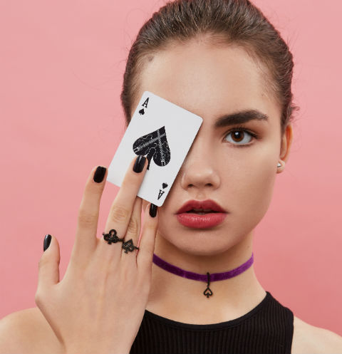 LOOKBOOK WANNA?BE! Play your cards bright !