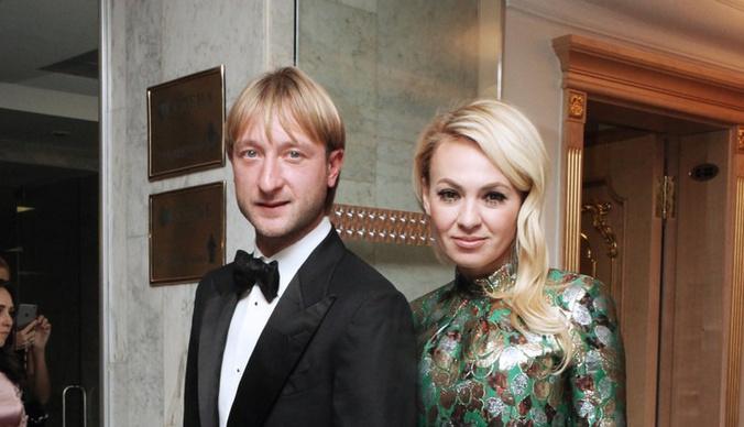 Оловянная свадьба: история любви Яны Рудковской и Евгения Плющенко
