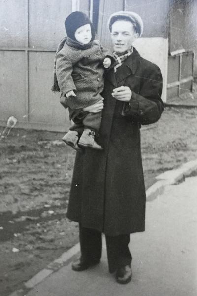 Александр Владимирович с папой