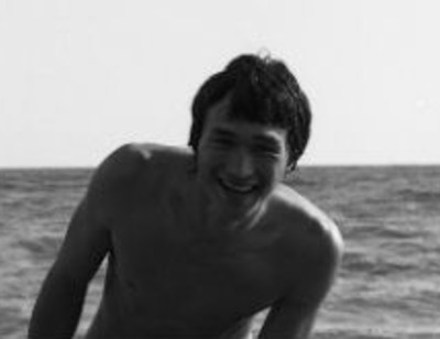 Найдено раритетное фото Виктора Цоя в стиле ню