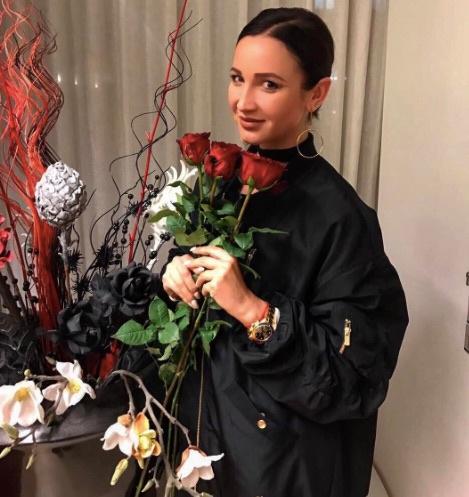 Телеведущая Ольга Бузова