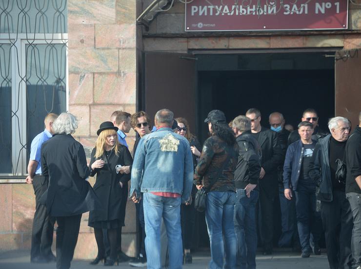 Проститься с Кальяновым пришли самые близкие люди