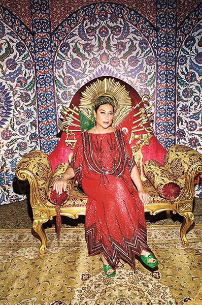 Алла Вербер замечательно вписалась в образ красавицы-султанши