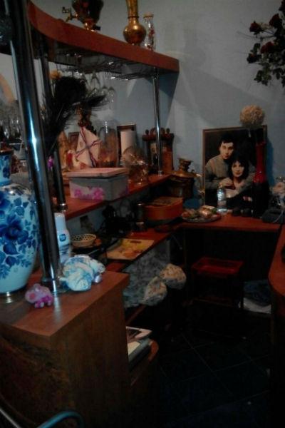 В комнате Джуны все оставили так, как было при ее жизни