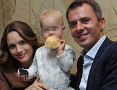 Жена Игоря Петренко подарила ему дочку