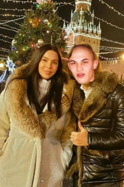 Фото Оксаны Самойловой без макияжа и редакторов