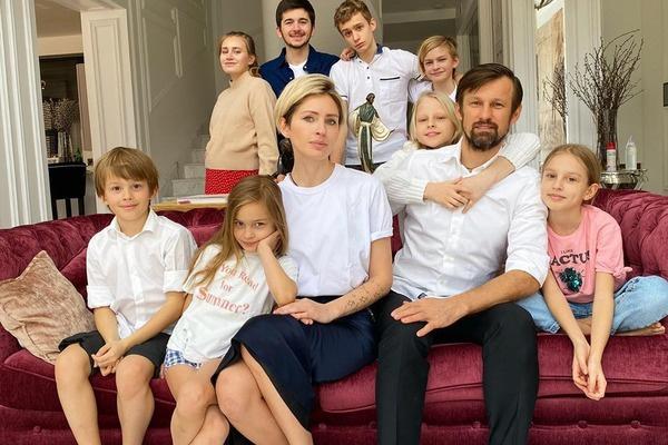 «Один из близнецов не выжил»: жена Сергея Семака рассказала о потере ребенка