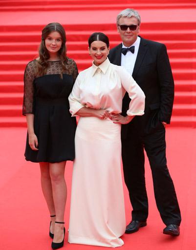 Александр и Екатерина Стриженовы с дочерью Александрой