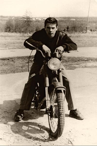 Еще одна страсть звезды кино — мотоциклы