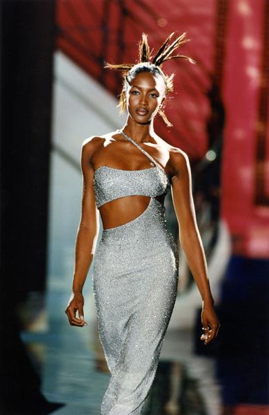 Модель еще в юности боролась со стереотипами модной индустрии