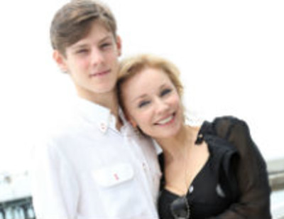 Сын Олега Табакова и Марины Зудиной знает цену деньгам