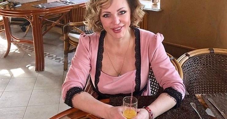 Алла Довлатова устраняет последствия кесарева сечения