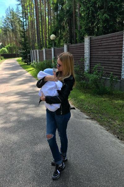 Милана уверена, что сможет быть хорошей матерью