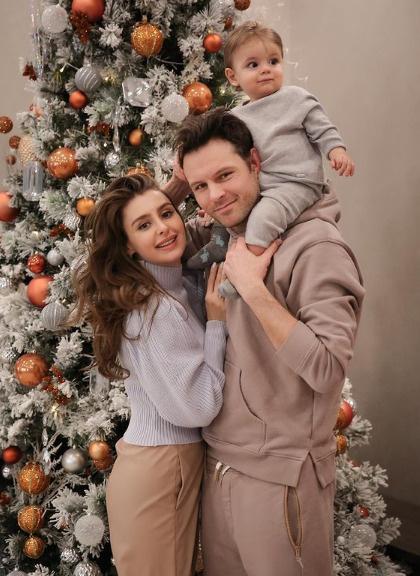 Пронин с женой Кристиной и сыном Гарри