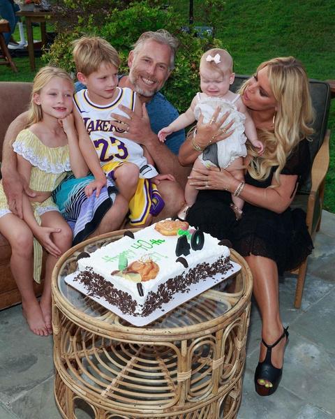 Недавно мужу Джессики исполнилось 40 лет