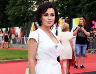 Анастасия Заворотнюк станет ведущей шоу, подобного «Один в один»
