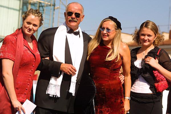 Семья Михалковых на ММКФ, 2003 год