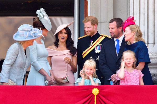Ходят слухи, что члены королевской семьи часто осуждают Меган за ее откровенность