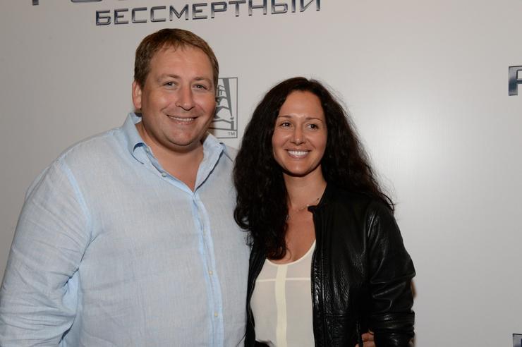 Станислав Дужников нашел новую любовь в лице флориста Катерины Волги