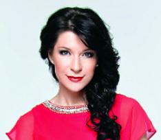 Два новогодних образа актрисы Екатерины Волковой