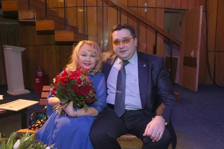 Наталья Гвоздикова с сыном
