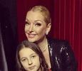 Дочь Анастасии Волочковой ругает маму за откровенные наряды