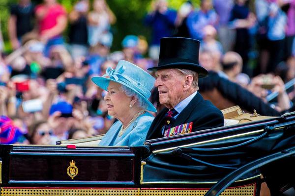 История длиною в век: фотографии принца Филиппа с рождения и до 99-летия