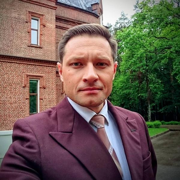 Максим Бобков