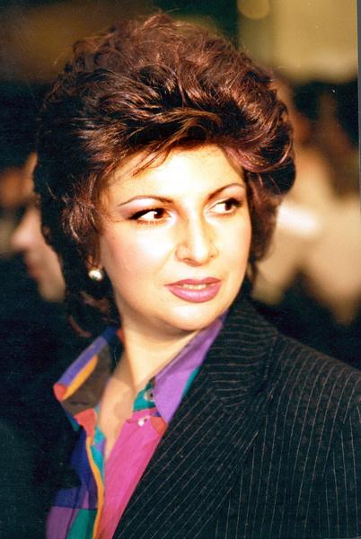 Михаил Державин был очарован красотой и голосом Роксаны Бабаян