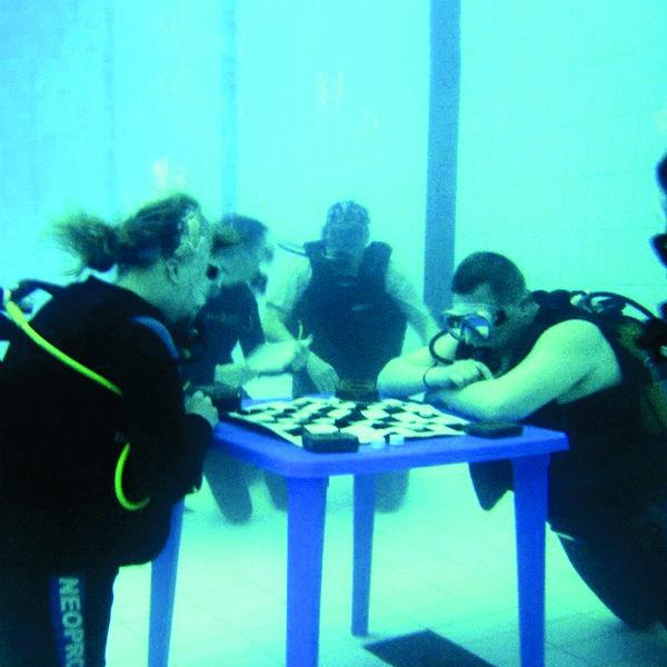 Одна партия под водой может длиться максимум 1,5 часа