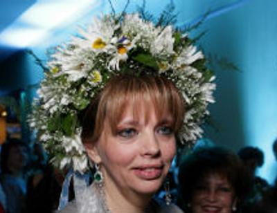 Екатерина Рождественская женила сына