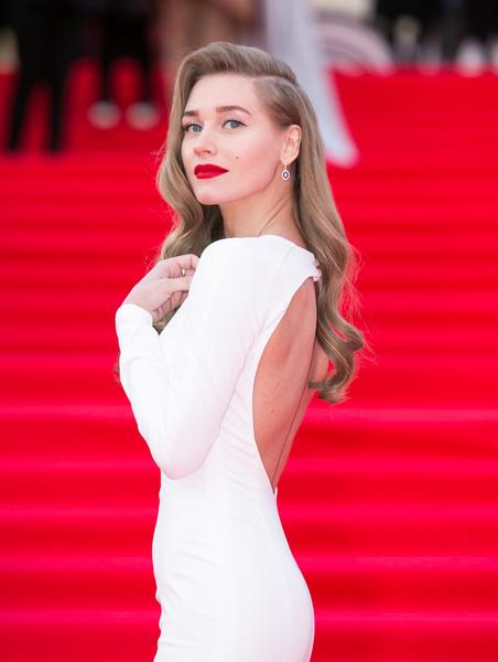 Кристина Асмус стала чуть ли не самой обсуждаемой актрисой года и все благодаря интимной сцене в фильме «Текст»