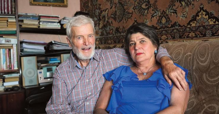 Давай поженимся: пара из Екатеринбурга построила любовь на пенсии