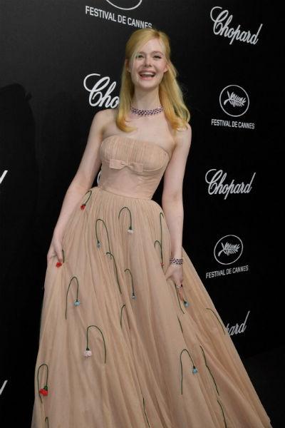 Платье от Prada оказалось слишком узким