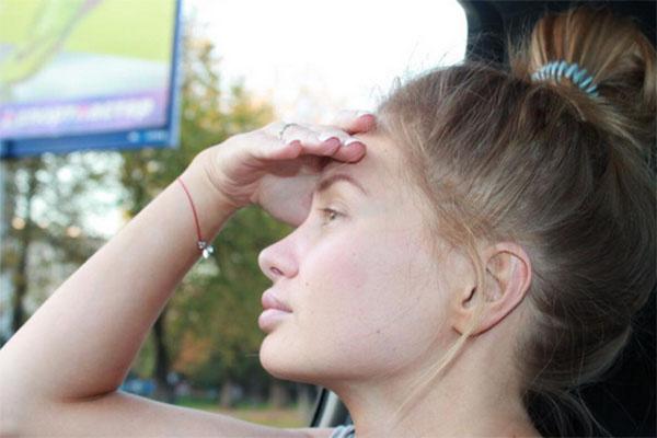 Евгения Феофилактова призналась, что в обычной жизни макияж не делает