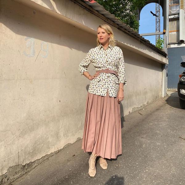 Ксения Собчак предложила избитой Прилучным Агате Муцениеце пожить в ее квартире