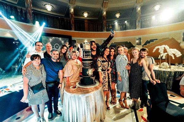 Новости: Филипп Киркоров отметил день рождения в Арабских Эмиратах  – фото №3