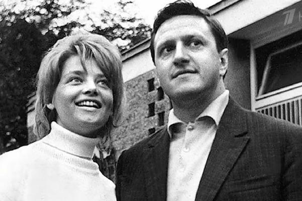 Актриса с первым мужем Юрием Чулюкиным
