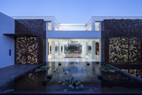 Роман Абрамович купил самую дорогую виллу Израиля за 65 миллионов долларов