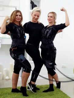 Ирина Агибалова и Ольга Гажиенко с тренером