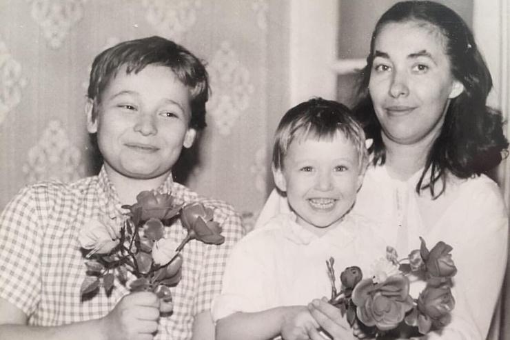 Мама Сергея Жукова была учительницей музыки