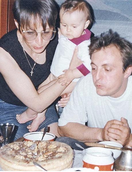 В браке с Юрием Евдокуниным у Рожковой родилась дочь Варвара