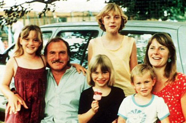 Of the entire Winslet family, only Kate managed to become famous.