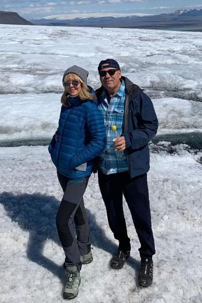 Супруги посетили Исландию